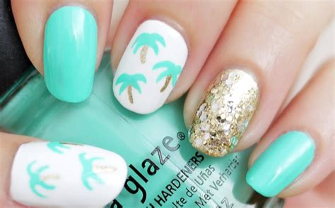 easy nail art with toothpick easy palm tree nail art using a toothpick youtube