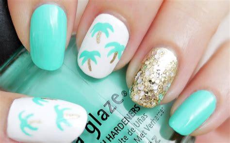 easy nail art palm tree easy palm tree nail art using a toothpick youtube