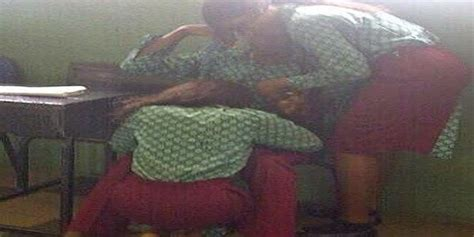 naija leaks picture of naija student doing very badt thing inside