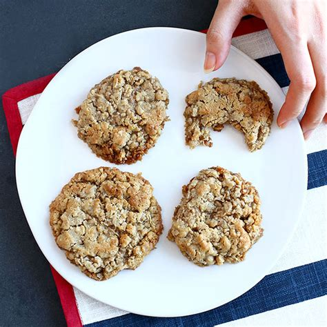 Quaker Cooking Oatmeal by Chocolate Brownie Oatmeal Cookies Recipe Quakeroats