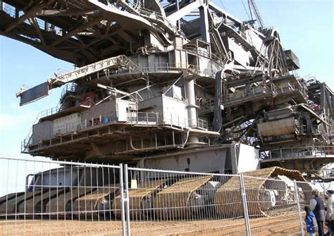 World S Largest Trencher | humongous 45 500 ton machine the largest digging machine