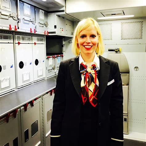 cabin crew member cabin crew member ein spannender beruf 187 swiss