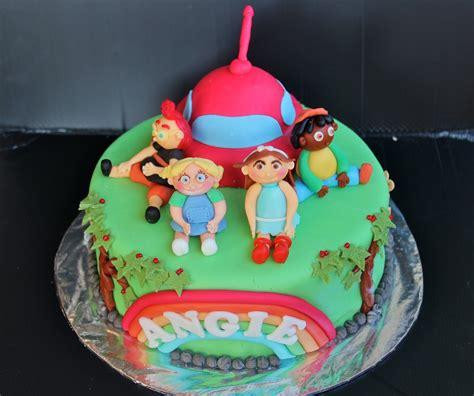 einsteins cakes decoration ideas