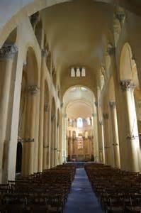 basilique notre dame du port clermont ferrand la nef