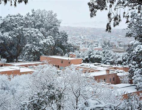snowfall in desert snowfall in the desert town of ain sefra january 20th 2017 snow in the
