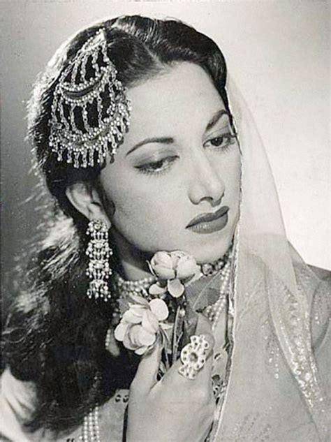 old film actress meena shorey kamini kaushalcelebrities world