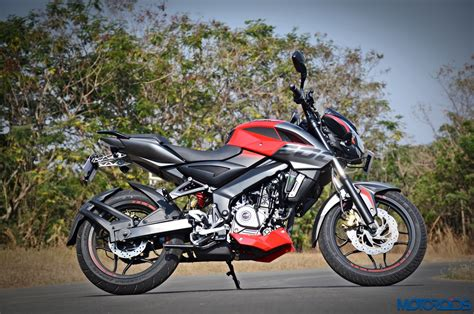 bajaj pulsar 200 new model 94 200cc pulsar new model 2012 new bajaj pulsar 200 ns