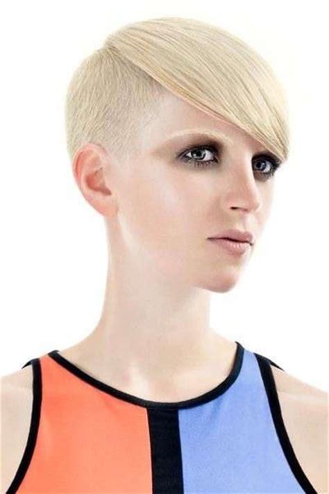 per chi ama i capelli corti su capelli estetica it tagli capelli corti proposte per chi ama osare foto
