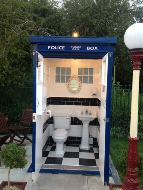 bathroom in england loo doctor loo where doctor who goes to poo ohgizmo