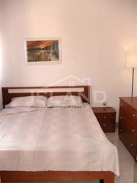 1 Bedroom Apartments 600 | 1 bedroom apartment gzira 600 for rent apartments