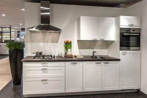 tieleman keukens reclame witte keukens qasa nl