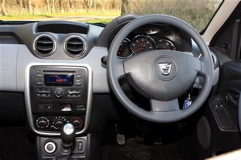 Renault Duster 4x4 Interior by Dacia Duster Estate 1 5 Dci 110bhp Ambiance 4x4 09 14