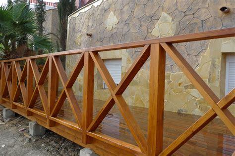 barandilla jardin reforma en jard 237 n detalle barandilla y suelo de madera