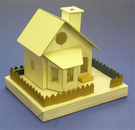 Make Paper House - building a bay window house