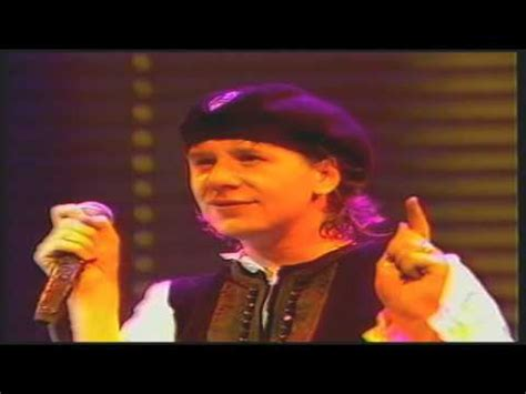 Novel Hq Simple simple minds book of brilliant things live ahoy 1985