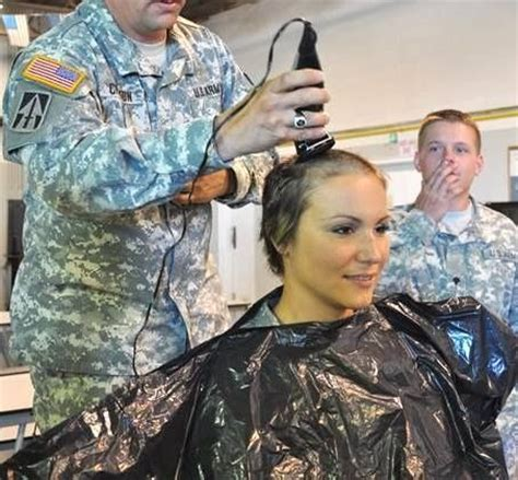 acceptable hair for women in army should women entering the military get the same haircuts