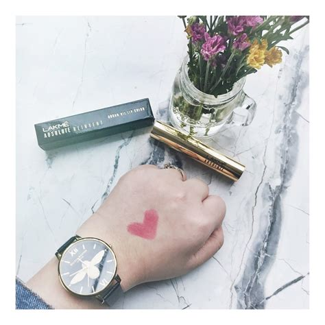 Lakme Absolute Reinvent hiquirkyalice review swatch lakm 233 absolute reinvent