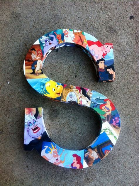 disney craft projects 25 best ideas about disney crafts on canvas