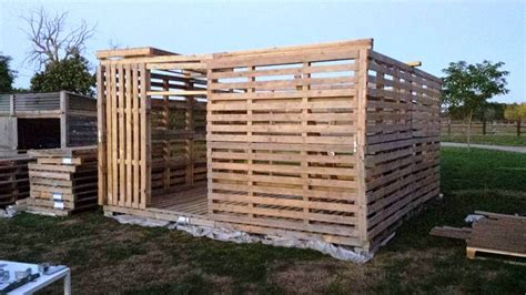 How To Make A Shed From Wood Pallets by Pallet Garden Shed Tutorial 101 Pallet Ideas