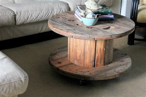 Spool Coffee Table by Unique And Functional Ways To Use Wire Spool Table