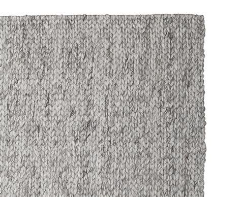 Rug Yarn Wool by Yarn Rug Chunky Wool Floor Rug Loaf
