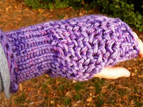 loom knit mittens 17 best images about loom knit wristlets mittens on