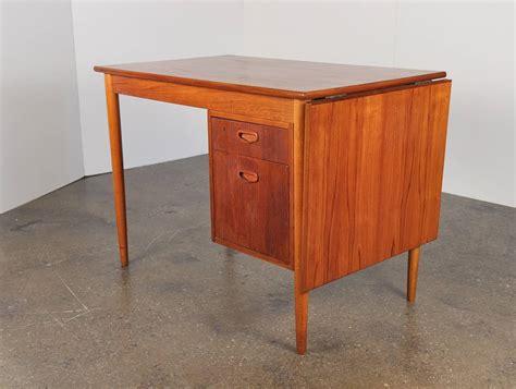 Danish Modern Teak Drop Leaf Desk At 1stdibs Drop Leaf Desk