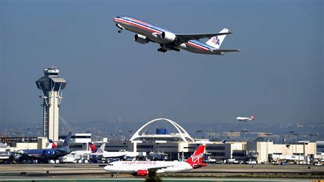 wifi on american airlines flights at t to bring its 4g lte wi fi to flights in 2015