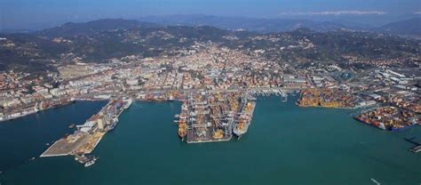 port of la spezia gruppo contship italia risultati 2016 in crescita