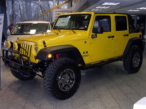 yellow jeep yellow jeep yj jeep enthusiast