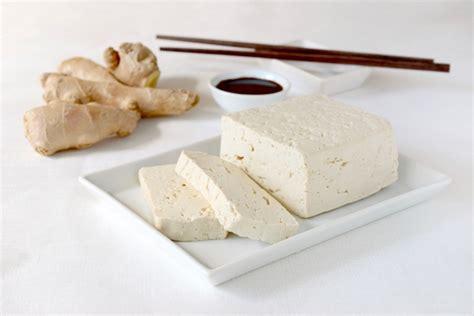 come si usa il tofu al naturale tomato