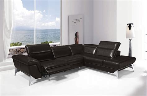 canape d angle cuir relax canap 233 d angle fonction relax en cuir italien 5 places conforto chocolat mobilier priv 233