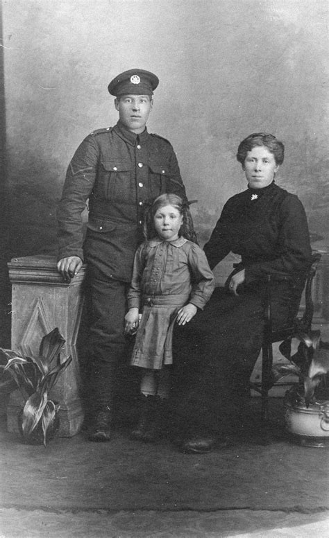 my family for the war series 1 knighton family great war 1914 1918 families and war