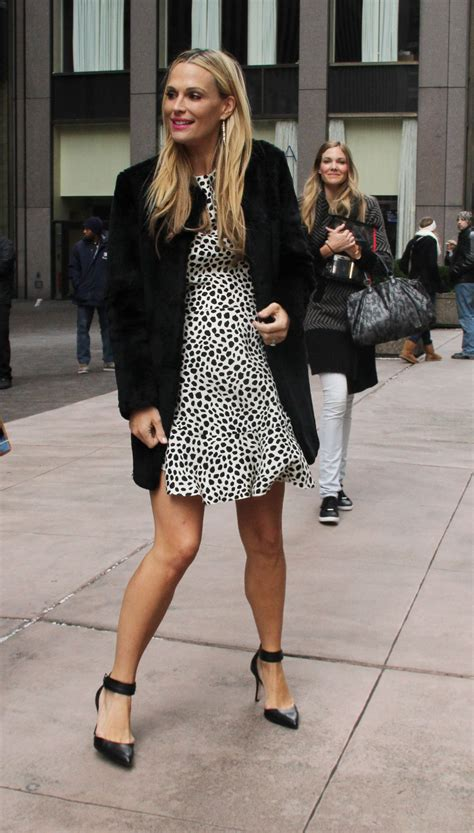 New York Chic Molly Sims Shows How In Sleek Grey Peeptoes A Snuggly Cardigan Ruana With A Style Blouse Fashiontribes Fashion by Molly Sims Leaving The Siriusxm Studios In New York City