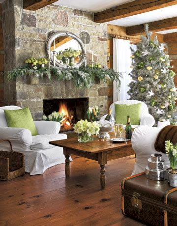 antiqueaholics can you tell i love holiday decorating