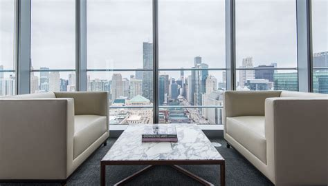 chicago appartment downtown chicago apartments amenities race luxury living