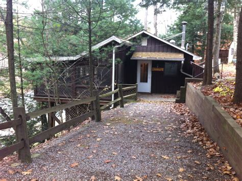 Weekend Cabin Rentals In Pa by Thanksgiving Weekend And Most Of December Are Vrbo