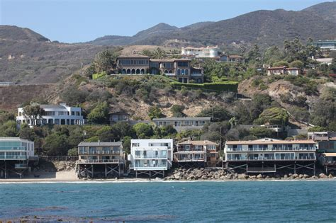 houses in malibu cher malibu celebrity homes lonny