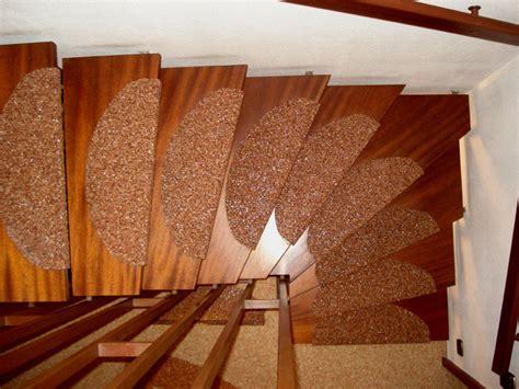 kieselbeschichtung treppe privat steindesign kieselbeschichtung steinteppich