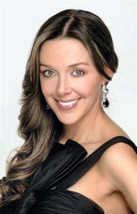 biografia de claudia elena vasquez claudia elena vasquez biografia newhairstylesformen2014 com