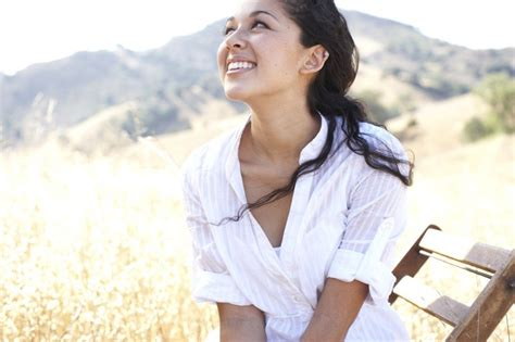 kina grannis kina grannis lyrics news and biography metrolyrics