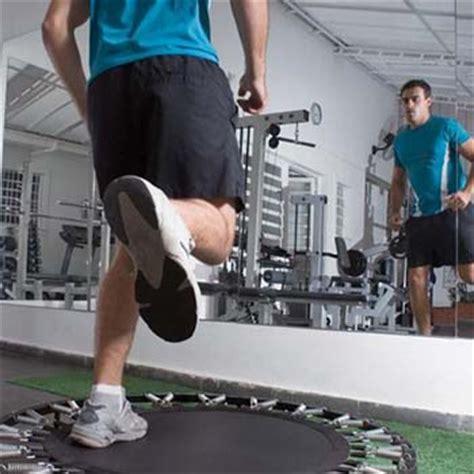 esercizi con il tappeto elastico come bruciare calorie con il tappeto elastico scopri come