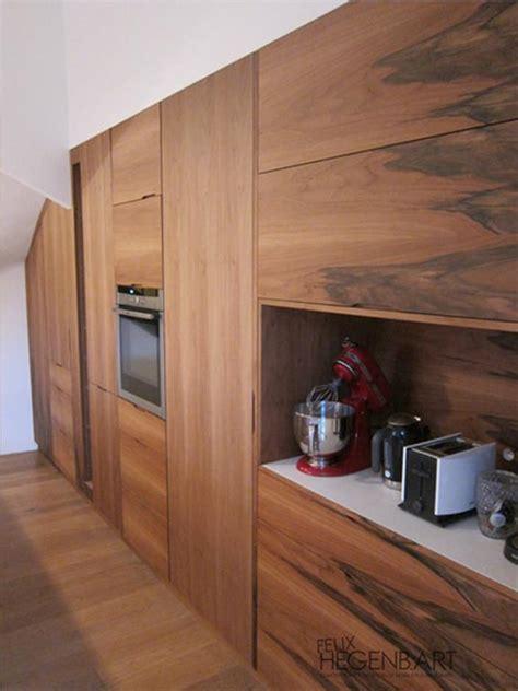 cuisine integr馥 cuisine 233 quip 233 e int 233 gr 233 au mur en bois felix hegenbart