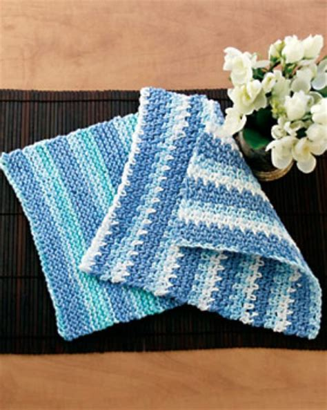 easy knitting crafts 30 easy knitting and crochet patterns for beginners