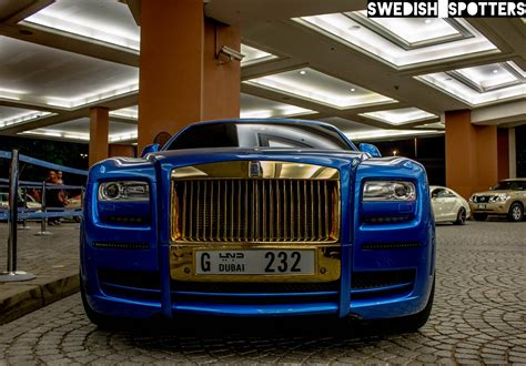 roll royce dubai mansory gold rolls royce ghost spotted in dubai gtspirit