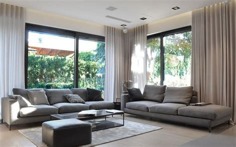 graues sofa modernes wohnzimmer mit dunklem sofa einrichten 55 ideen