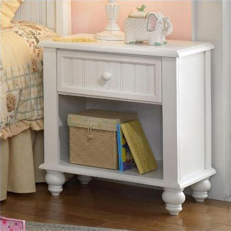Cheap White Nightstand by Cheap Hillsdale Westfield White Nightstand In White