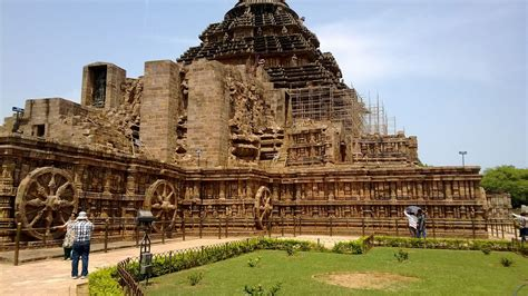 Konark Sun Temple Essay In by Konark Sun Temple Odisha India Findmessages
