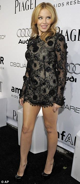 courtney love looks her age for once at amfar inspiration