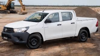Hilux Toyota 2015 2015 Toyota Hilux Review Drive Carsguide